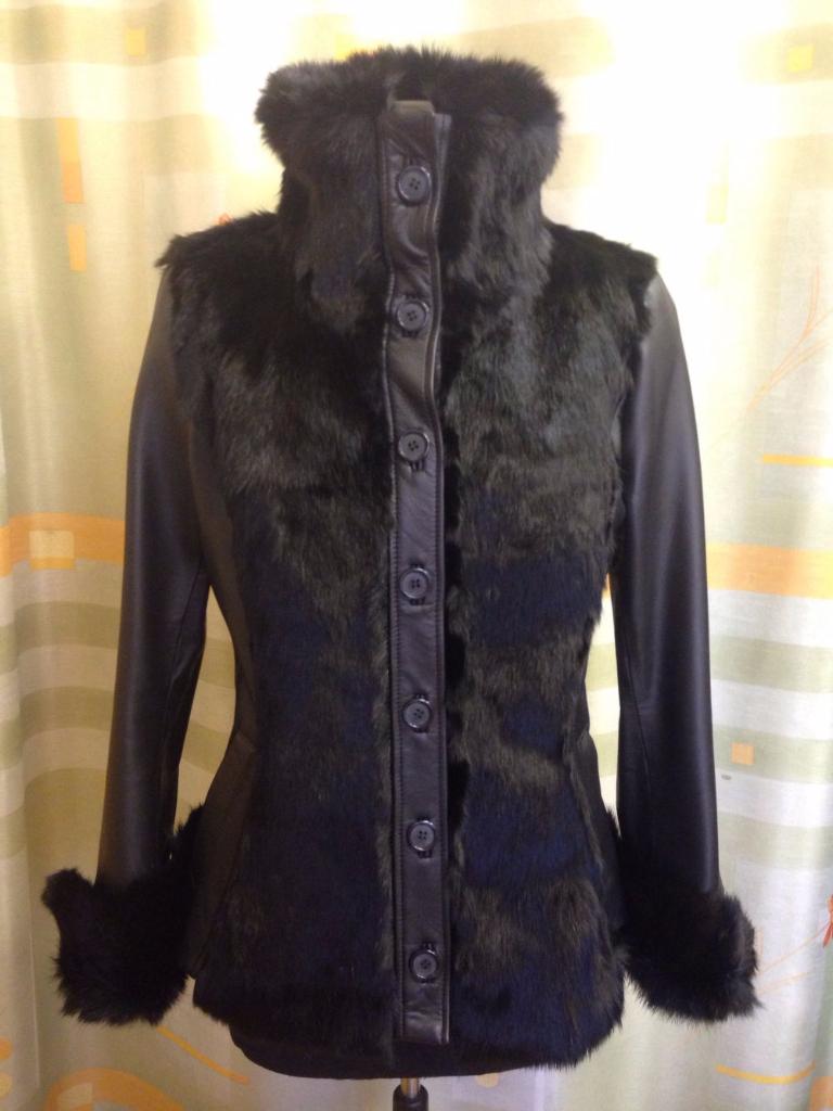 bőrkabát Pécs, bőrdzseki Pécs, bőrruha készítés Pécs, bőrruha készítő Pécs, női bőrkabát, női bőrkabátok